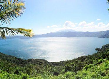 Laguna de Apoyo Masaya Granada Nicaragua Paradiso Hostel