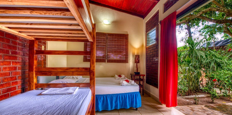 Booking Rooms Paradiso Hostel Laguna de Apoyo Nicaragua